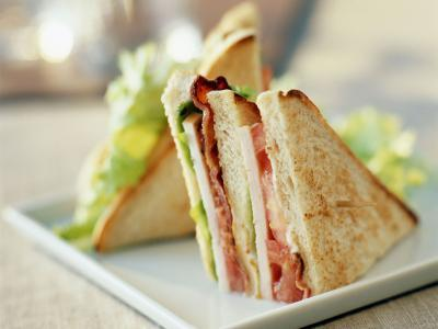Using the classic favourite as a benchmark for food costs, Hotels.com has created a club sandwich index to help Canadians plan their travel budgets (CNW Group/Hotels.com)