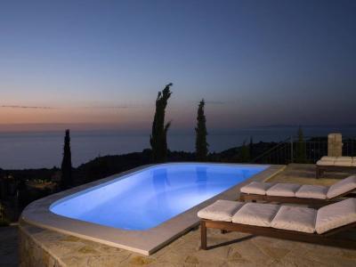explore-lefkada-eco-friendly-villas-06