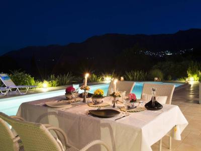 explore lefkada villas
